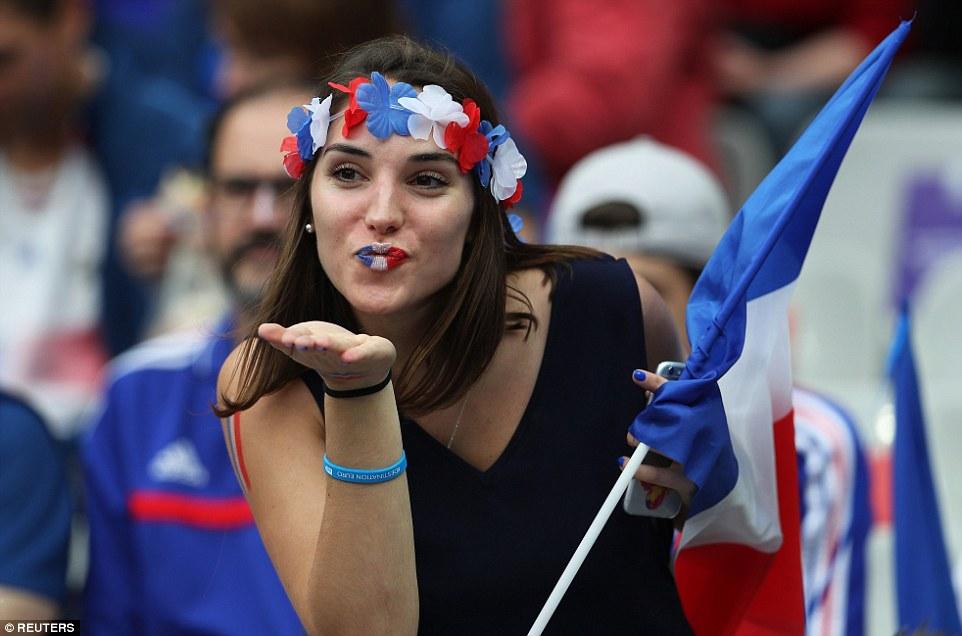 France-Fans-Celebrating-Raphel-Antoine-Winning-Goal