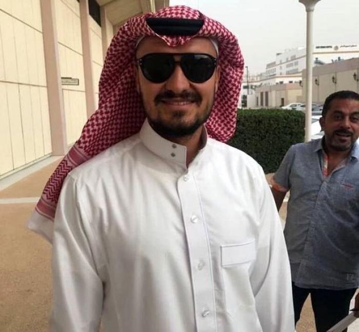 budescu imbracat in arab