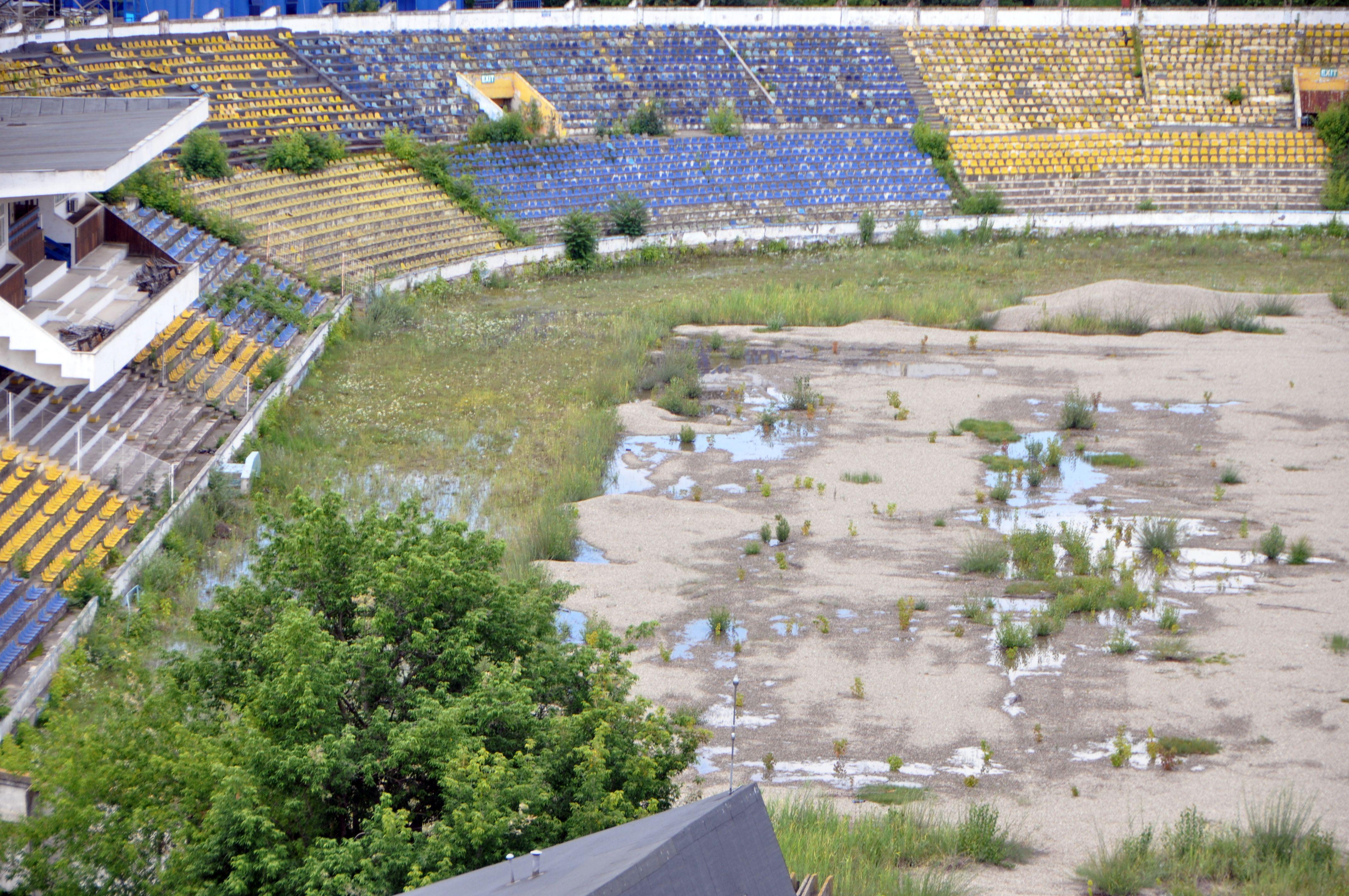 stadion-Bacau-5.jpg