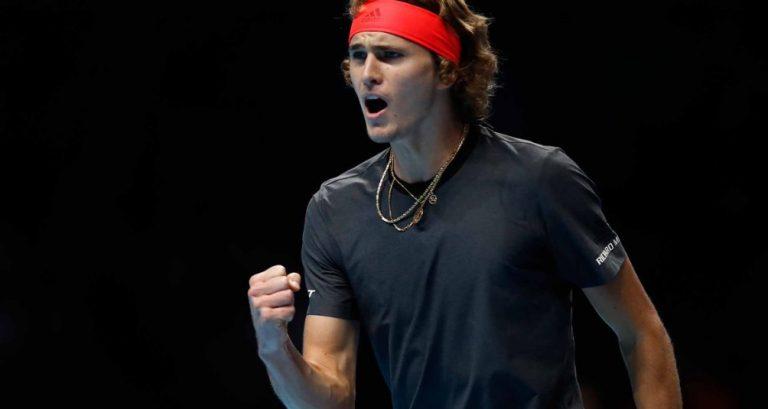 VIDEO | ZVEREV s-a calificat cu SCANDAL în finala Turneului Campionilor! Germanul a fost HUIDUIT după victoria cu Federer