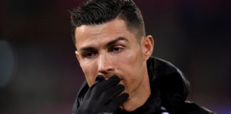 VIDEO | Ronaldo, așa cum nu l-ai mai văzut! CR7, în lacrimi, când i-au fost puse imagini cu tatăl alcoolic