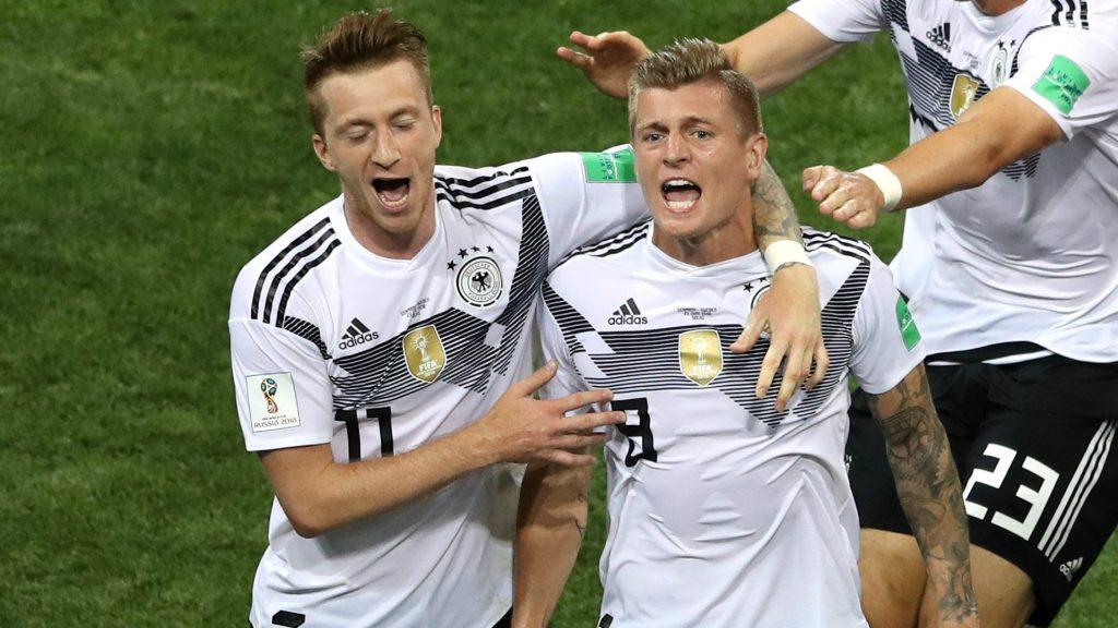 marco-reus-toni-kroos-germany-sweden-world-cup-2018_1gj8zj74ver5b1foa0qvfuaubg