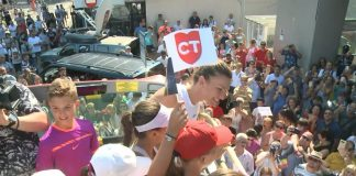 FOTO+VIDEO | Simona prezintă trofeul la Constanța! Zeci de mii de oameni au venit să o vadă