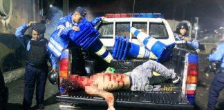 VIDEO | Teroarea ultrașilor în America Centrală! Un copil a murit pe stadion, în timpul unei bătăi între suporteri!