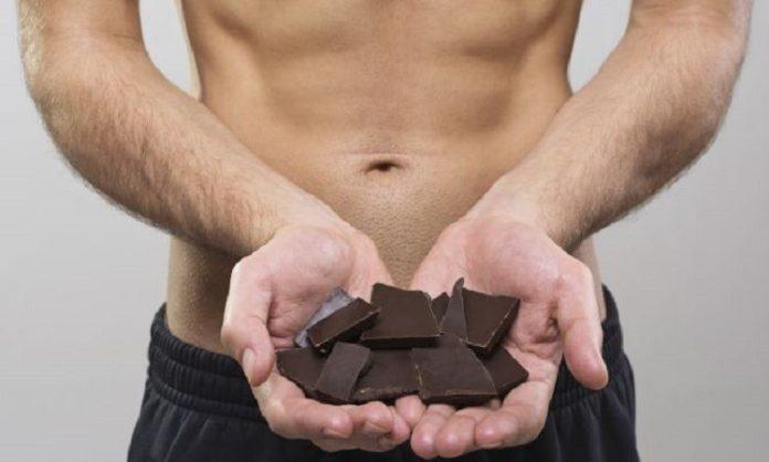 ciocolată-și-bustul-gol