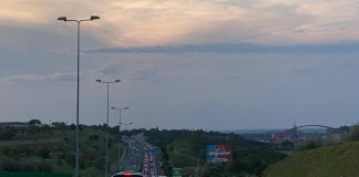 autostradă-aglomerată