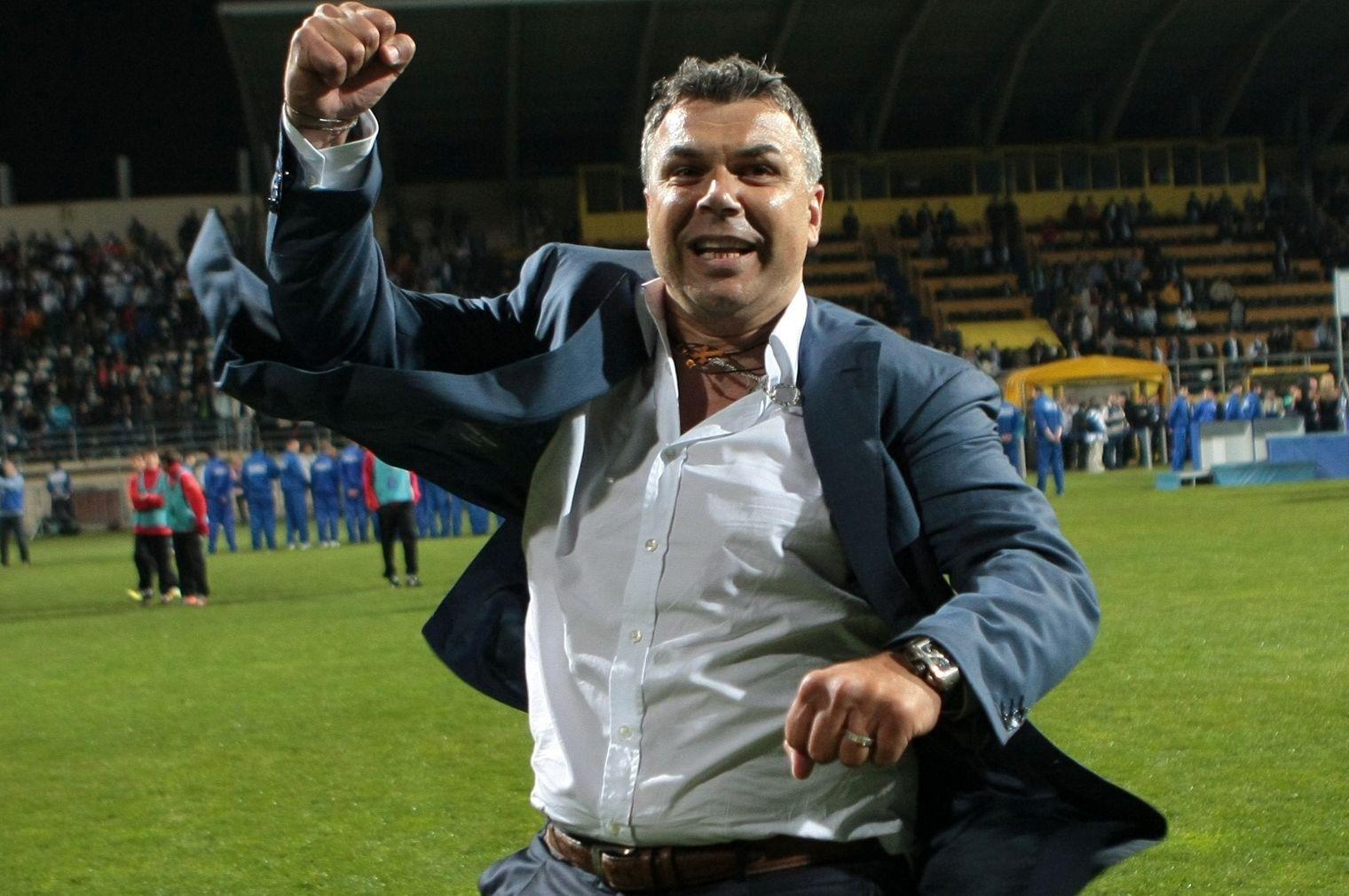 Fanii FCSB îl vor adora! Gest uriaș făcut de Olăroiu pentru clubul patronat de Becali