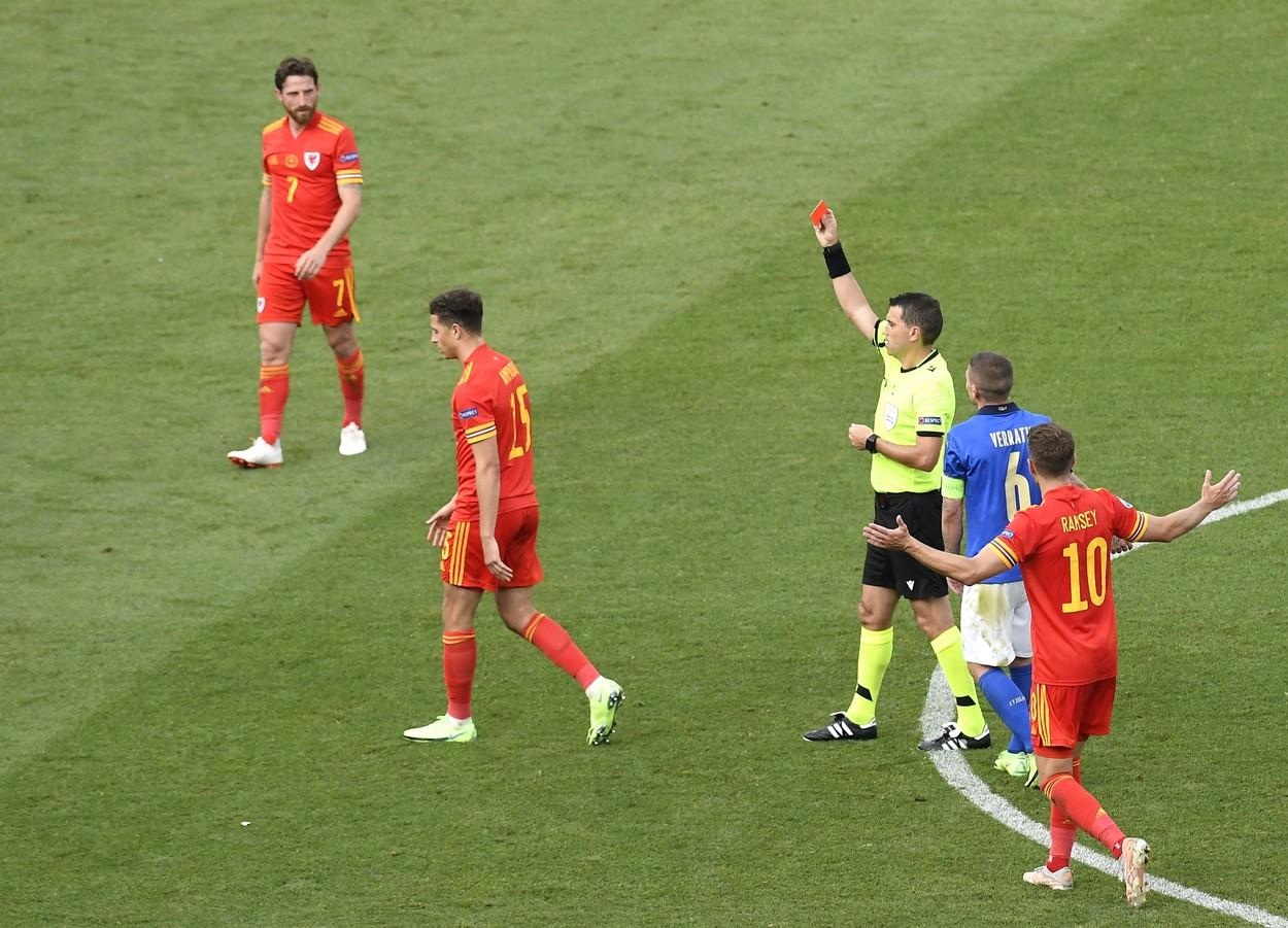 """Ovidiu Hațegan, luat la rost pentru al doilea cartonaș roșu de la EURO 2020: """"Este o decizie dură"""""""