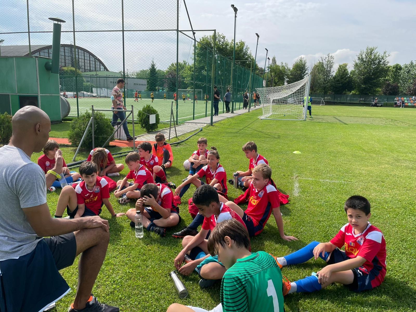 Copiii de la FC Nana Juniors