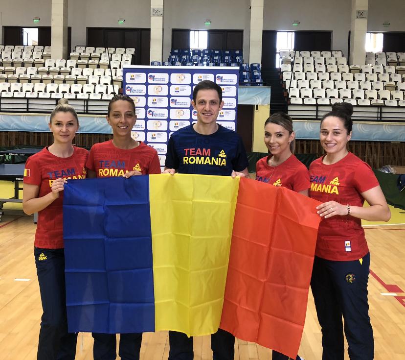 Componenții lotului de tenis de masă al României