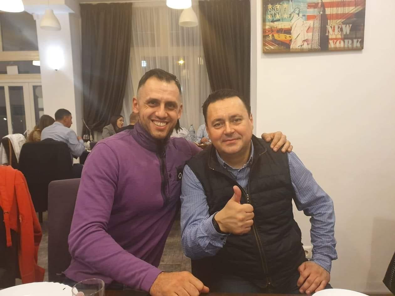Octav Preda (stânga), alături de Andrei Volosevici, primarul Municipiului Ploiești