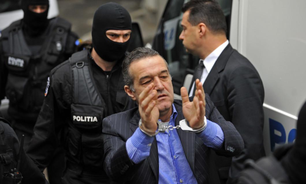 VIDEO | Cine ar fi comandat arestarea lui Gigi Becali, Giovanni Becali și Gică Popescu. Este un fost președinte al României